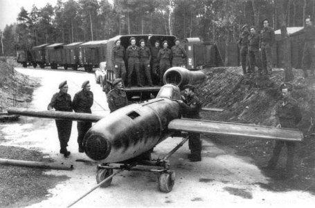 Piloted V-1